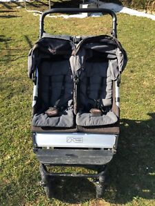 Mountain Buggy Duet in Grey with Accessories