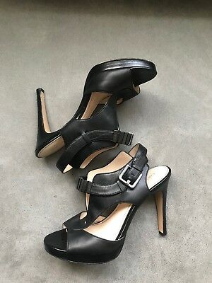 Calvin Klein Laurie Sz 9 Black Calf Leather Metal Links Detail Stiletto Shoes