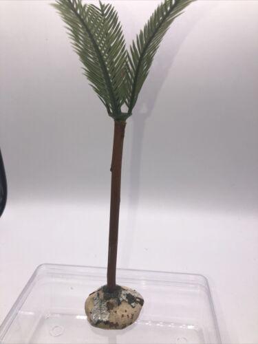 Santon devineau pieds de palmier hauteur  15,5 cm hors feuillage