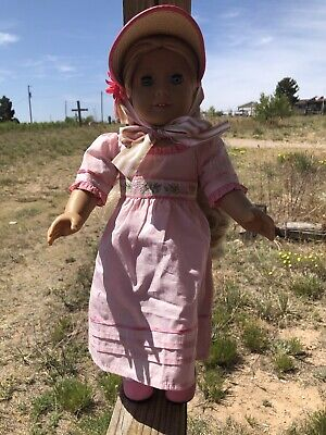 EUC Retired American Girl Doll Caroline With Meet Outfit And Bonnet