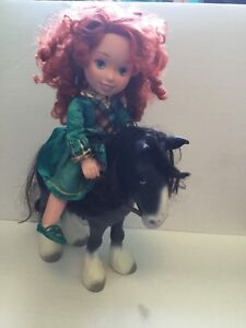 Poupée Meredia et son cheval.  Rebelle / Brave
