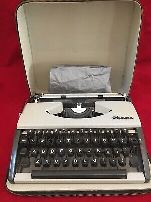 Vintage Olympia  De Luxe Typewriter with Black Carrying Case-Type Writer Cover