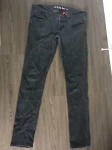 Guess jeans size 30