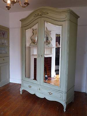 What Are The Different Types Of French Armoire?