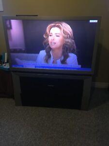 Rear projection HD tv