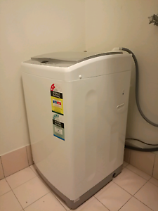 Second Hand Washing Machine 90% new Westmead Parramatta Area Preview