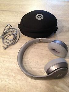Special Edition Silver Dr. Dre Solo Beats
