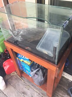 2 foot tropical fish tank 🐟 🐠
