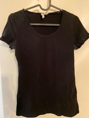 H&M Basic Black Fitted Scoop Neck Woman's Tee - Size M