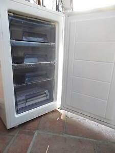 freezer 80 liters homermaker  Edithvale Kingston Area Preview