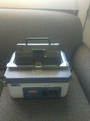 Fisher Scientific Isotemp Model 205 Digital Heated Water Bath