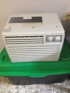 DANBY AIR CONDITIONER $40