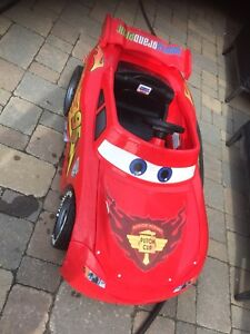 Kids ride on. Power wheels / Disney cars car