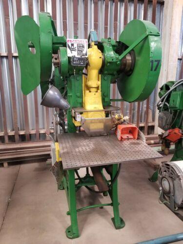 Niagara #4 15-ton O.B.I. Press with 2″ Stroke