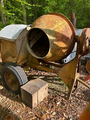 Antique Cement Mixer Hit Miss Engine