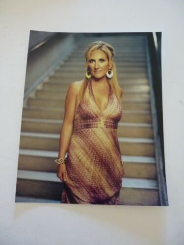 Leeann Womack Country Music Singer 8x10 Color Promo Photo #2