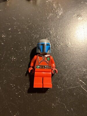 LEGO Star Wars Limited Edition Christmas Mandalorian Mini figure