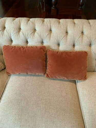2 pillows made of antique french velvet 1890