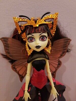 Monster High Doll. Boo York Luna Mothews