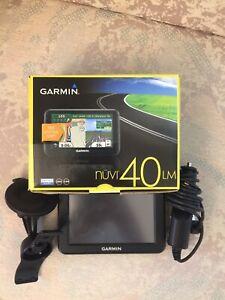 GARMIN GPS NUVI 40 LM