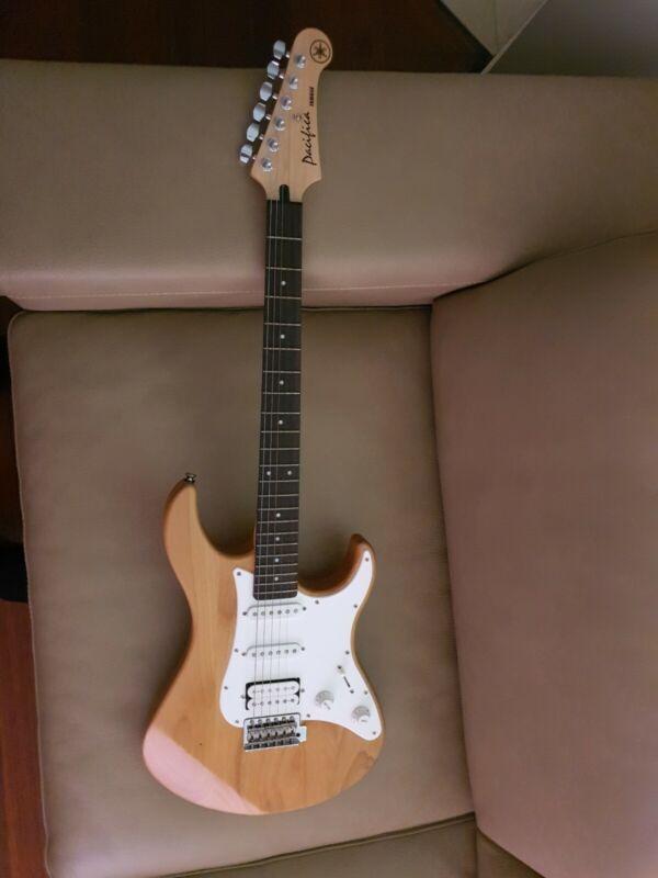 Yamaha Pacifica 112J YNS Electric Guitar 1999 build