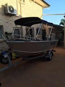 4.2m Stacer with 40hp Yamaha 2st only 30hrs Runcorn Brisbane South West Preview
