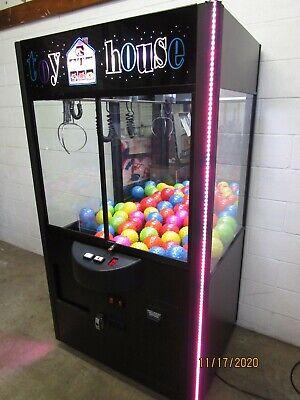 Rainbow Toy Animal House 42 Inch Plush Toy Vending Machine Crane Arcade Game