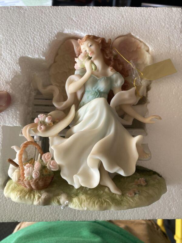 """Seraphim Classics Garden of Angels DOMINIQUE """"Simple Pleasure"""" figurine #81824"""