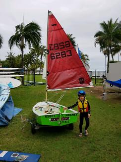 Sabot pram dinghy