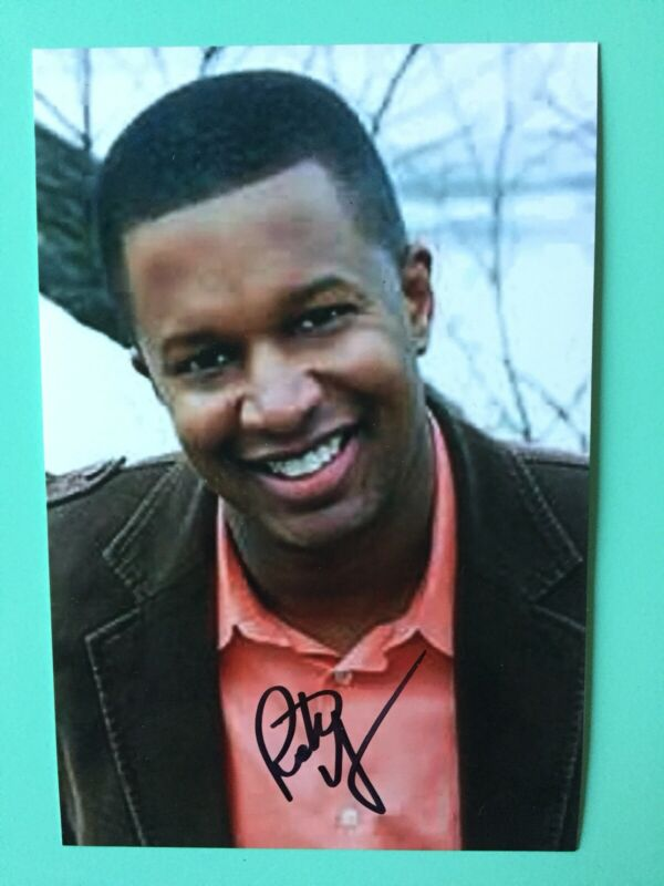 Rick Younger Signed 4X6 Color Photo  Mr Duvall Mean Girls Broadway TV Today Show