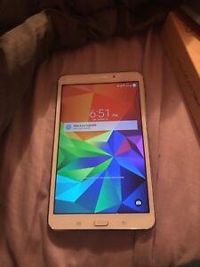 Samsung galaxy tab 4 négociable!!!!!!!