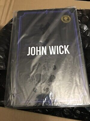 Mezco ONE:12 John Wick: Chapter 2 [Deluxe Edition] 6
