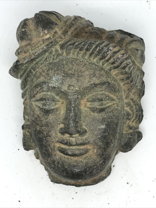 ANCIENT GANDHARA SCHIST STONE STATUE FRAGMENT HEAD OF BUDDHA. RARE