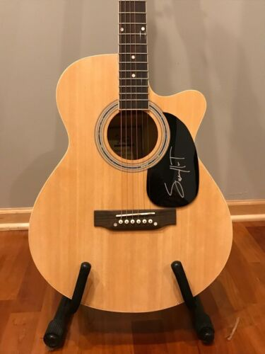 * SAM HUNT * signed autographed acoustic guitar * HOUSE PARTY * PROOF * 2