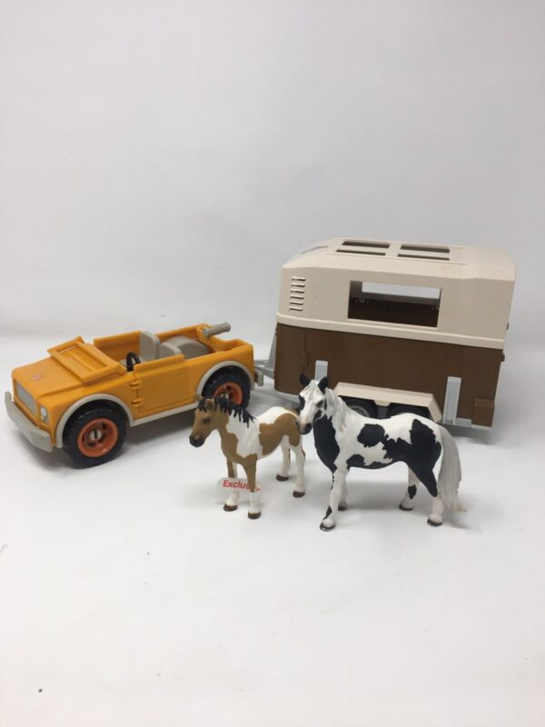 Schleich 2003 Jeep 42025 With Trailer 40185 + 2 Horses Retired Farm Toys