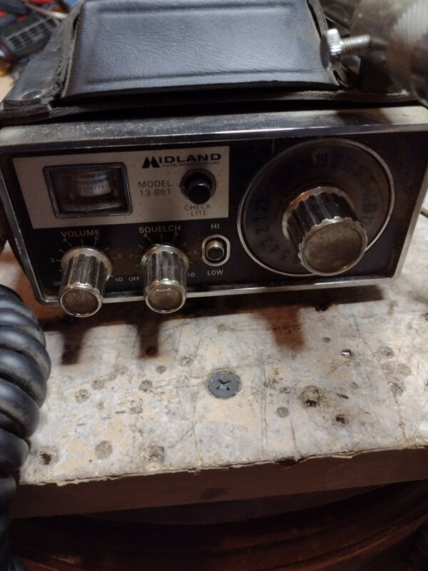 Midland 13+861 CB Radio