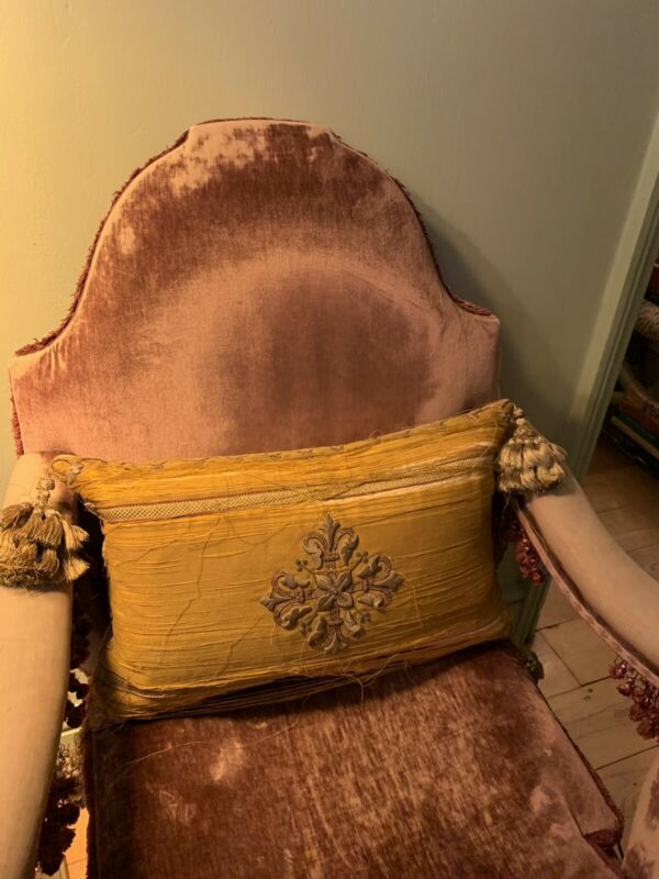 Antique 18th Century Gold Threat And Silk Cushion