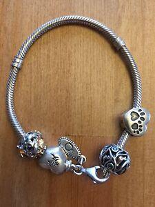 Pandora bracelet avec 4 gems