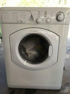Ariston AML125 Wash Dryer Combo, in excellent condition