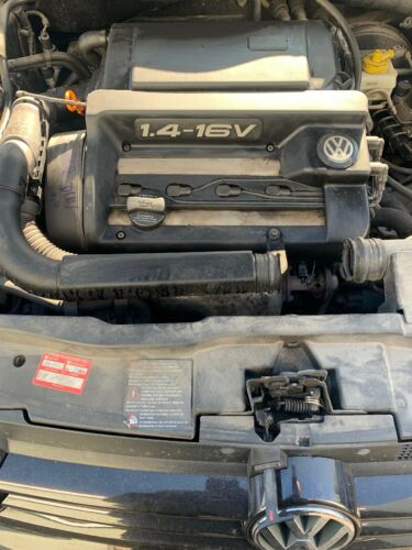 Motor Einbauteile/Anbauteile AKQ 55kw 75PS Benzin * VW Golf 4 1,4 -15600km
