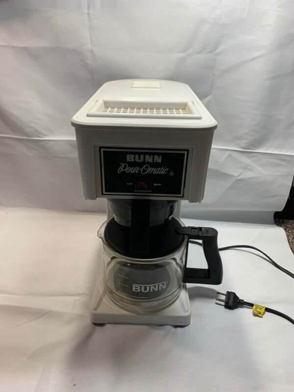 BUNN Pour-Omatic White Coffeemaker Z1