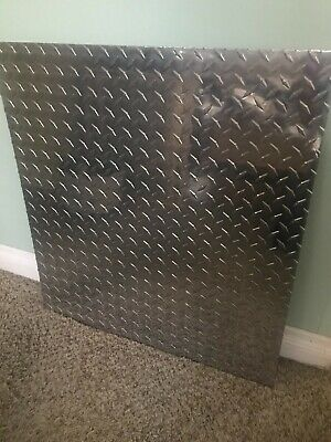 5086 Aluminum Diamond Bright Tread Plate. 18 X 24 X 26. Free Shipping.