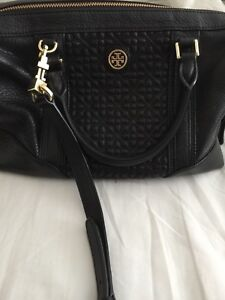 Tory Burch 100% Authentic hand bag