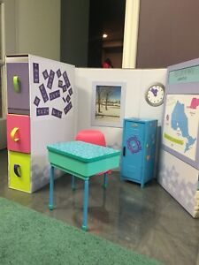 Maplea - School Set with Desk and Locker