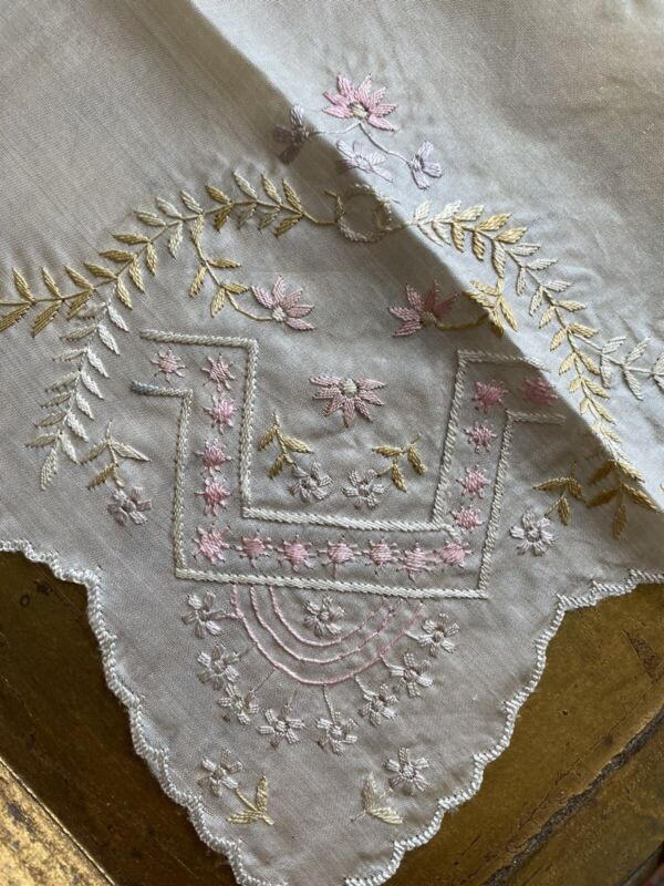 Floral 1800's Pastel Satin Stitch Wedding Ring embroidery handkerchief Scallops