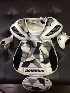 Warrior field lacrosse goalie chest protector