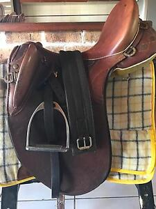 Ord River Stock saddle leather 18 inch fully mounted Jimboomba Logan Area Preview