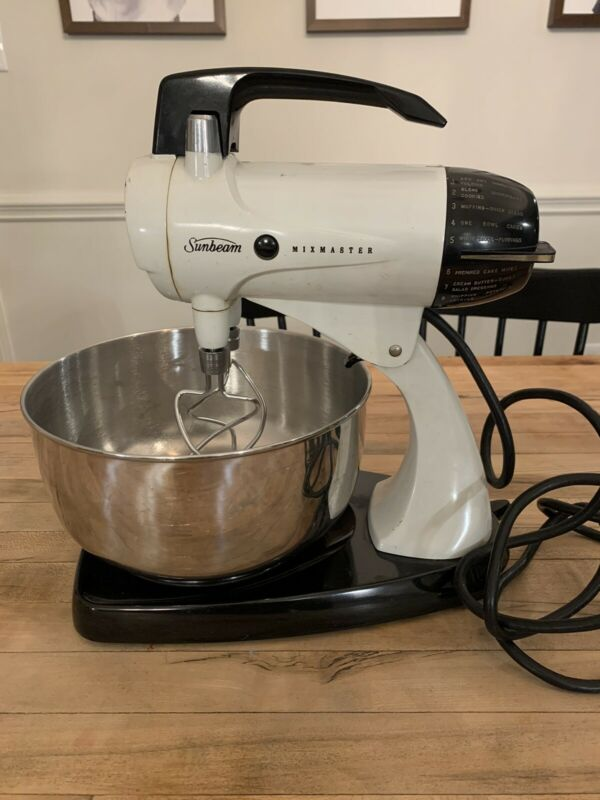 Vintage Sunbeam Mixmaster Model 12 White - Tested And Working