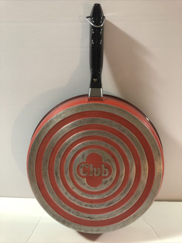 Vintage  Red Poppy 10 Inch CLUB ALUMINUM SKILLET Frying Pan No Lid Non Stick EUC