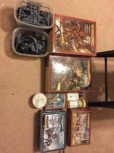 Warhammer Fantasy and 40K